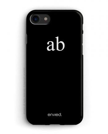 cover per iPhone nera con iniziali minuscole alte a due lettere