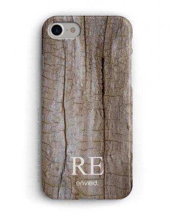 cover per iPhone con trama in legno e iniziali basse a due lettere.