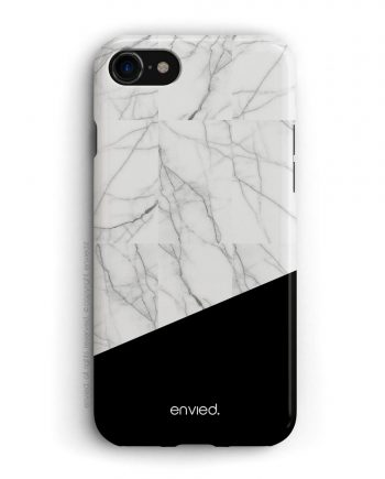 cover per iPhone nera e in marmo bianco a mosaico